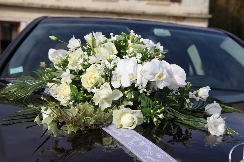 Ozdoby na samochód do ślubu